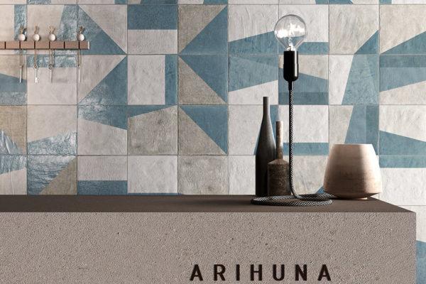 Ceramica-Fioranese_Argillae_Decoro-Shape-Vanish-Grey-20x20
