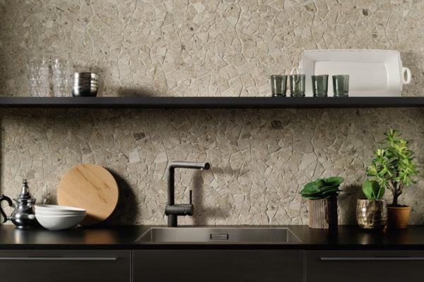 Ceramica-Fioranese_Frammenta_Beige-Mosaico-Palladiana_1