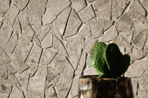 Ceramica-Fioranese_Frammenta_Beige-Mosaico-Palladiana_2