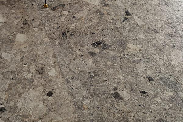 Piastrelle-pavimento_Ceramica-Fioranese_Frammenta_Antracite