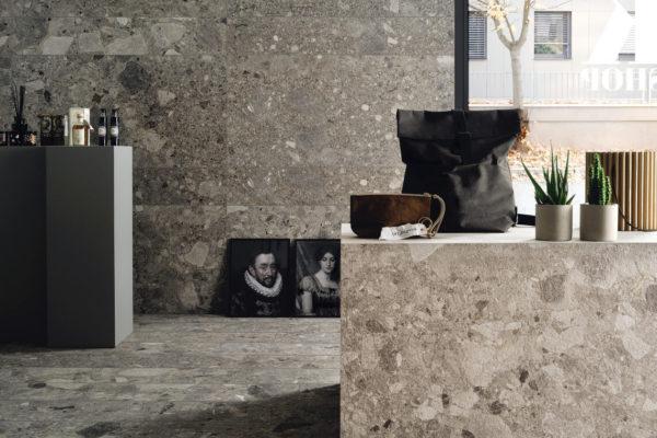 Ceramica-Fioranese_Frammenta_Antracite-20,13x120,8-60,4x120,8_Grigio-Chiaro-60,4x120,8